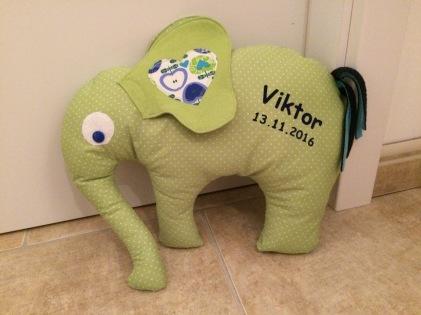 Elefant Viktor 1